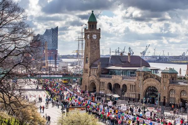 Haspa Marathon Hamburg 2016, Alter Elbtunnel, Landungsbruecken,  *** Local Caption *** © hochzwei / angerer