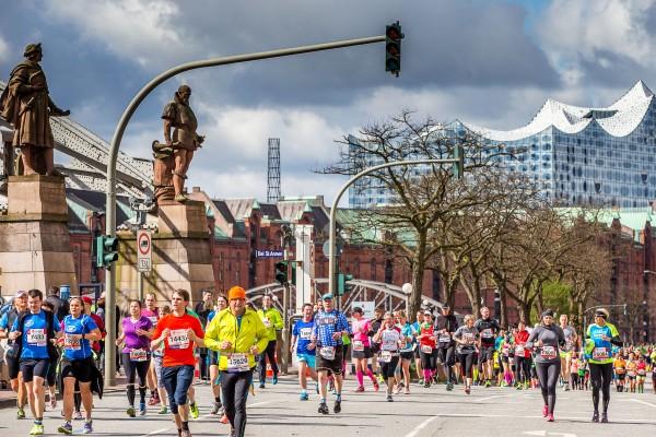 Haspa Marathon Hamburg 2016, Speicherstadt, Elbphilharmonie,  *** Local Caption *** © hochzwei / angerer