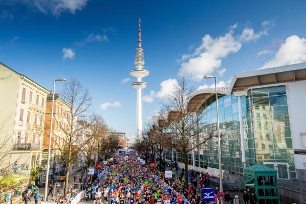 Haspa Marathon Hamburg 2016, Start *** Local Caption *** +++ www.hoch-zwei.net +++ copyright: Philipp Szyza / HOCH ZWEI +++